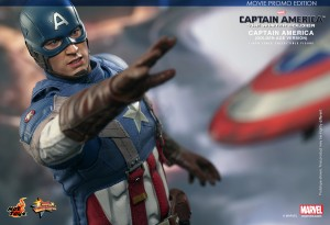 wpid-storagesdcard0DownloadHot-Toys-Captain-America-The-Winter-Soldier-Captain-America-Golden-Age-Version-Collectible-Figure_PR9.jpg.jpg