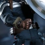 Hot_Toys_-_Captain_America_-_The_Winter_Soldier_-__Captain_America_(Stealth_S.T.R.I.K.E._Suit)_Collectible_Figure_PR15