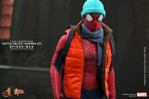 Hot_Toys_-_The_Amazing_Spider-Man_2_-_Spider-Man_Collectible_Figure_PR10