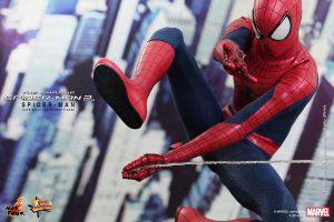 Hot_Toys_-_The_Amazing_Spider-Man_2_-_Spider-Man_Collectible_Figure_PR2