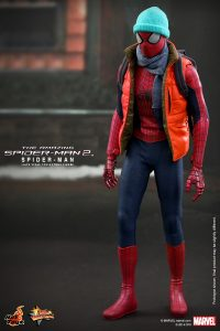 Hot_Toys_-_The_Amazing_Spider-Man_2_-_Spider-Man_Collectible_Figure_PR9