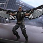 Hot_Toys_-_Captain_America_-_The_Winter_Soldier_-_Falcon_Collectible_Figure_PR5