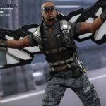 Hot_Toys_-_Captain_America_-_The_Winter_Soldier_-_Falcon_Collectible_Figure_PR6