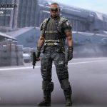 Hot_Toys_-_Captain_America_-_The_Winter_Soldier_-_Falcon_Collectible_Figure_PR7