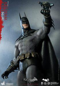 wpid-hot_toys_-_batman_-_arkham_city_-_batman_collectible_figure_pr4.jpg