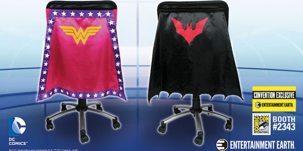 Dress your chair to impress with two limited edition Chair Capes™ from Entertainment Earth: Wonder Woman Pink Chair Cape – Convention Exclusive and Batman Beyond Chair Cape – Convention Exclusive. […]
