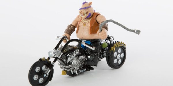 San Diego Comic-Con Exclusive Figure from Playmates Toys – Teenage Mutant Ninja Turtles: Out of the Shadows Bebop with Trike You're going to need a big bike to move this […]
