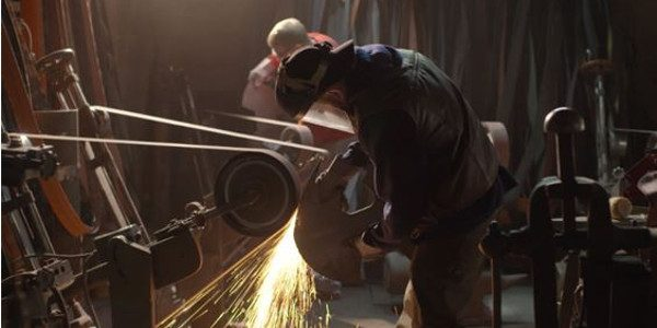 Today, watch Matt Stagmer from Man At Arms: Reforges and Todd McFarlane from McFarlane Toys recreate the Spawn Axe from the popular comic book series for a super fan! Earlier […]