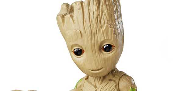 """Hasbro's Marvel Guardians of the Galaxy: Vol. 2 Dancing Groot figure was revealed earlier today! Dancing Groot sways along to the song """"Come A Little Bit Closer"""" and will be […]"""