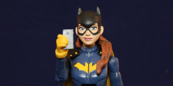 Hipster Batgirl gets her own action figure. In 2015, Batgirl (Barbara Gordon) changed her costume into something that is more practical and youthful looking. She also moved from Gotham City […]