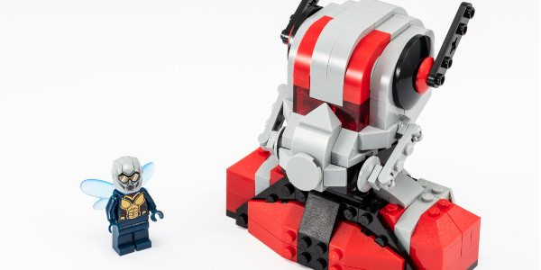 Just in time for the opening of Marvel's  Ant-Man and the Wasp, in theaters today, here's a look at a LEGO Super Heroes version inspired by the film that will […]