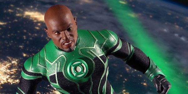 Intergalactic guardian of Sector 2814, John Stewart, is presented in his Green Lantern Corps uniform – intricately detailed and featuring a 3D chest insignia. Included is a real light-up Power […]