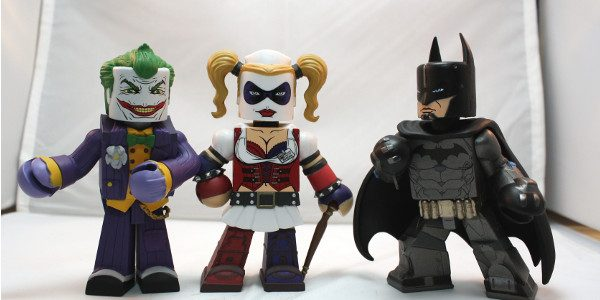 The characters from the popular Arkham Asylum game get the Vinimate treatment! If by now you are not familiar with Vinimate, they are essentially a 4-inch Minimate vinyl statue. So […]