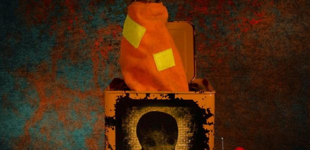 Mezco's Burst-A-Box is a pop culture infused twist on one of the most beloved, classic toys, the jack-in-the-box. The Trick 'r Treat Burst-A-Box features Sam – part pumpkin, part supernatural […]