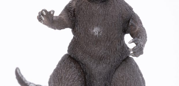TOHO/Bandai finally reveal the exclusive Godzilla figure for San Diego Comic Con 2019!  From Bandai the 65th Anniversary 1954 Godzilla Deluxe Vinyl Figure is an authentic recreation of the iconic kaiju […]