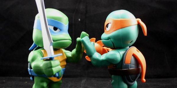 The Babble Heads are talking to you! Playmates has released these Babble Head toys based on the Rise of the Teenage Mutant Ninja Turtles, and I have to say they […]
