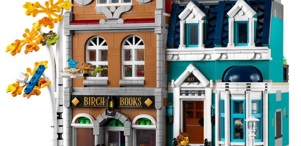 A charming, three-story LEGO Bookshop and adjoining modular town house, containing over 2,500 pieces, is coming in January 2020! Part of the ever-growing LEGO Modular Building collection, the set is […]