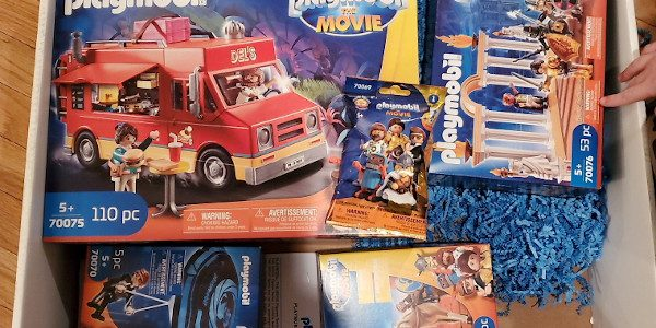Bring home the toys from the movies today. So I come home the other night and find this big box from Playmobil. When I opened it, I was even more […]
