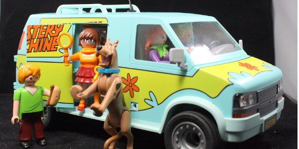 Scooby and the gang get some pretty incredible Playmobil toys! For 50 years, Scooby, Shaggy, Fred, Velma, and Daphne have been solving mysteries and putting away bad guys. If it […]
