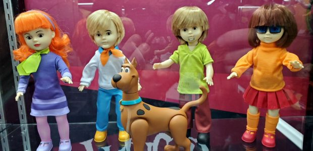 It is that time of year for new toy news. Toy Fair kicked off with one of the best companies out there. Mezco's Booth was packed full of goodies from […]