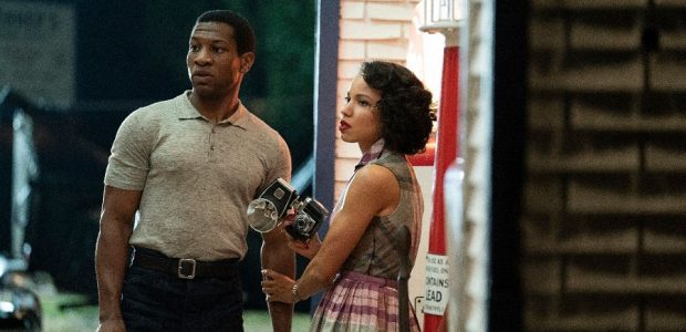 HBO's new drama series, LOVECRAFT COUNTRY, based on the 2016 novel by Matt Ruff of the same name, debuts this August. The series follows Atticus Freeman (Jonathan Majors) as he […]
