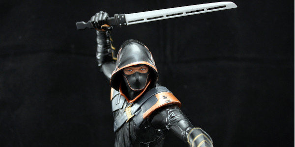 "Diamond Select Toys gives us an incredible Ronin statue. When Hawkeye became Ronin in the comic books, I really wasn't a fan. And by what I mean by ""really wasn't […]"