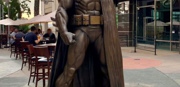 Seven-And-A-Half-Foot Tall Bronze Sculpture of the Dark Knight is Based on Jim Lee's Acclaimed Batman: Hush Character Design Batman Fans Can View the Statue at AMC Walkway in Downtown Burbank […]