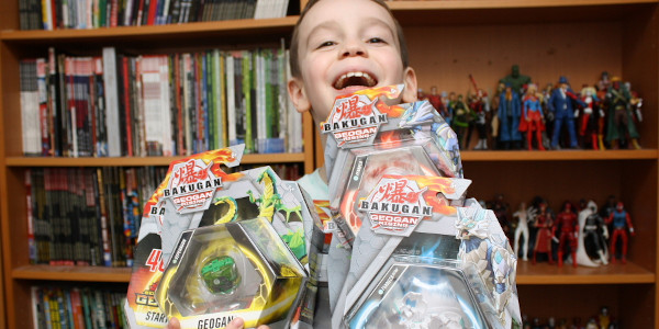 Spin Master sent us a bunch of the new Bakugan, Geogan. Sean is here to tell us all about them! Just click on the picture below to watch the review!