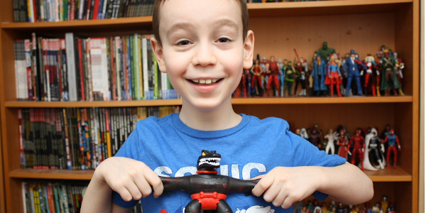 Sean has completed the Dino Power wave with scoring both Tyro and Shredz! Moose Toys just knocks it out again! Click on the picture below to check out the review!