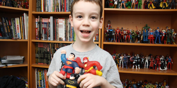 More Goo Jit Zu, means more fun! Especially that when you add DC Comics superheroes! And Sean is going to tell you all about them! Click on the picture to […]