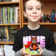 As a thank you for being a big fan, LEGO sent Sean a cool Valentine's Day build!