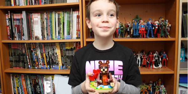 As a thank you for being a big fan, LEGO sent Sean a cool Valentine's Day build! Click on the picture to check out the review! .