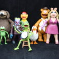 Just in time for the Muppet Show to return to TV, Diamond Select brings back their Muppet action figures.  Coincidence? I think not!