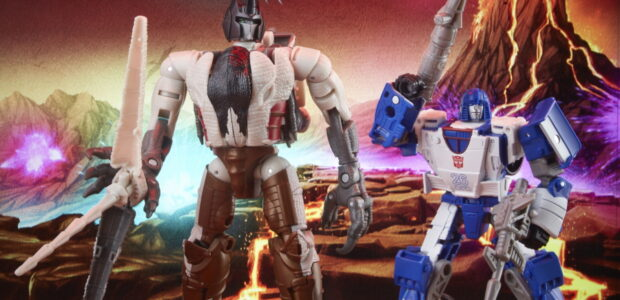 Just now Hasbro and TRANSFORMERS revealed an all new War for Cybertron: Kingdom collection product – Deluxe WFC-K40 Autobot Mirage and Maximal Grimlock – available for pre-order now on Amazon! […]