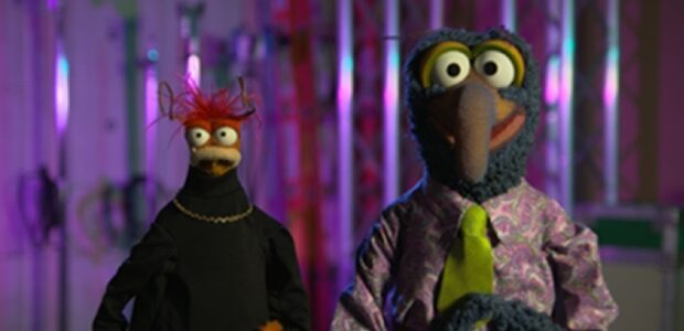 """Watch Gonzo And Pepe The King Prawn's Spooky Surprise Announcement Gonzo and Pepe the King Prawn announced the Muppets first-ever Halloween special, """"Muppets Haunted Mansion,"""" debuting this fall exclusively on […]"""