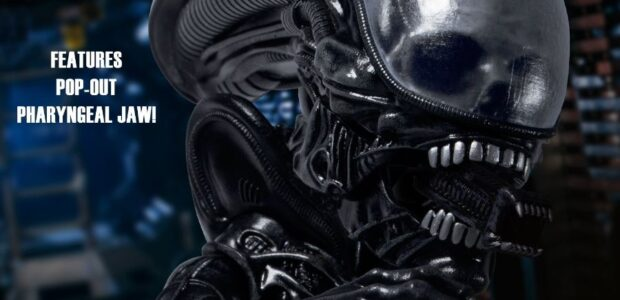 """""""This thing bled acid! Who knows what it's gonna do when it's dead!"""" Alien has invaded the Mezco Designer Series, fully loaded with accessories from the film and interchangeable parts! […]"""
